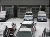 凍える乗用車