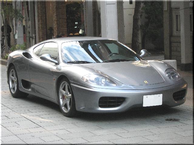 市内で発見したFerrari F360
