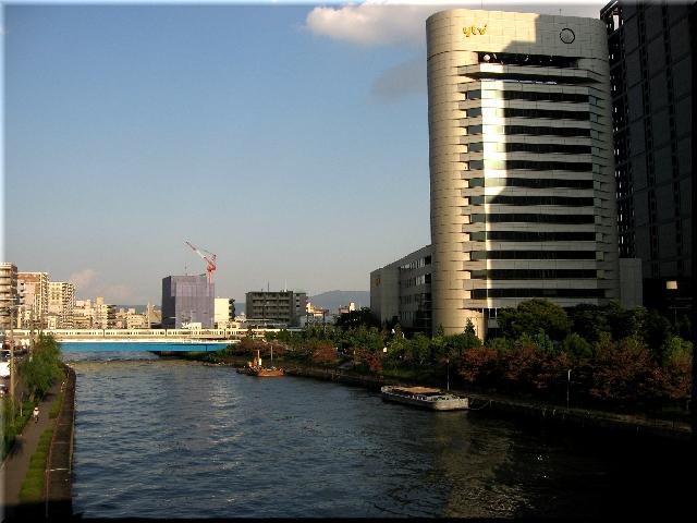 第二寝屋川沿い・読売テレビ社屋