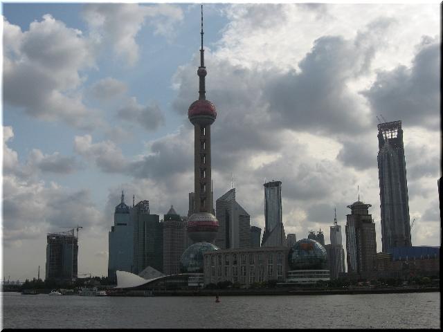 上海「東方明珠」放送タワー