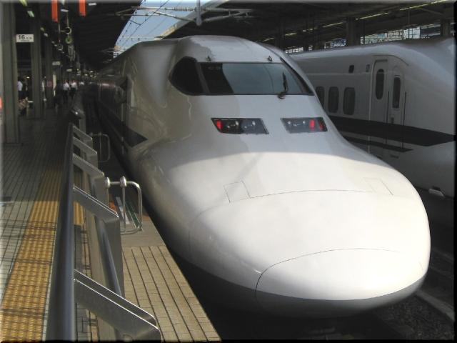 東海道新幹線700系C3(名古屋駅)