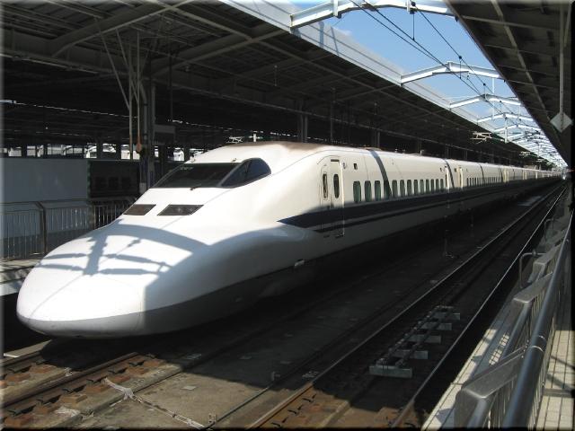 東海道新幹線700系C27(新大阪駅)