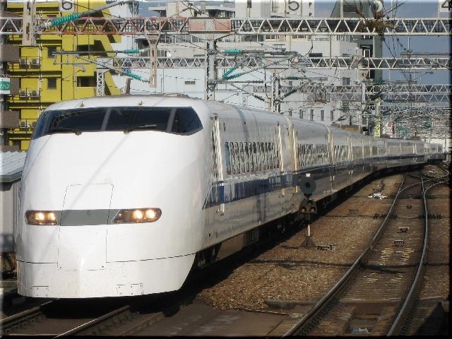 東海道新幹線300系J58(新大阪駅)