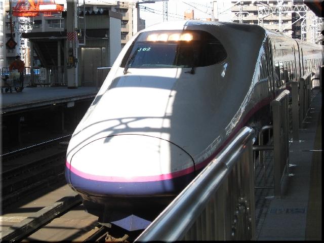 東北新幹線E2系J62(仙台駅)