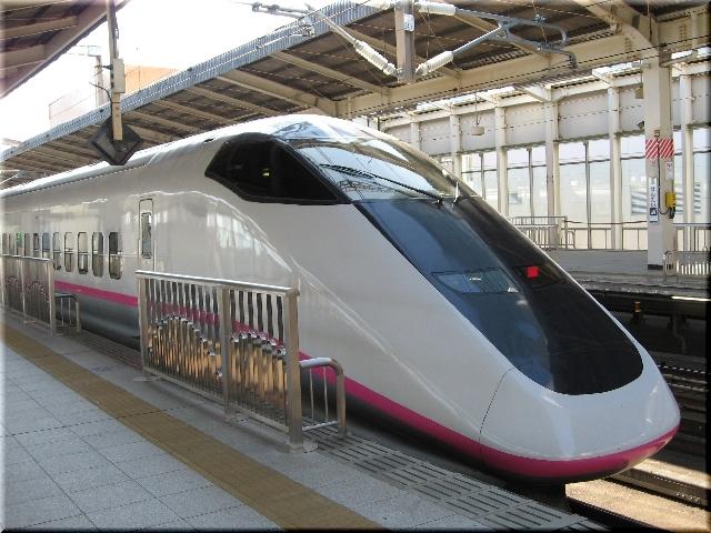 東北・秋田新幹線E3系R23(仙台駅)